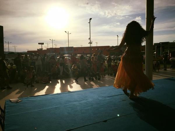 Qua oriente - danza